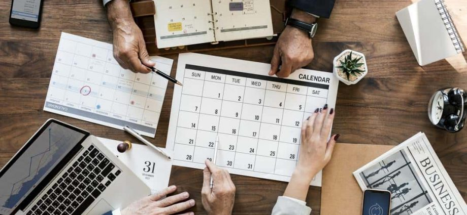 meeting scheduler 920x425 - Tips You Can Use In College